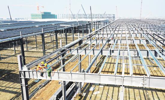 斯凯奇钢结构厂房下月结构封顶