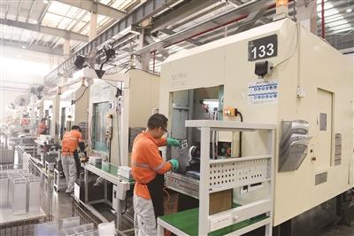 铝型材产品产销两旺
